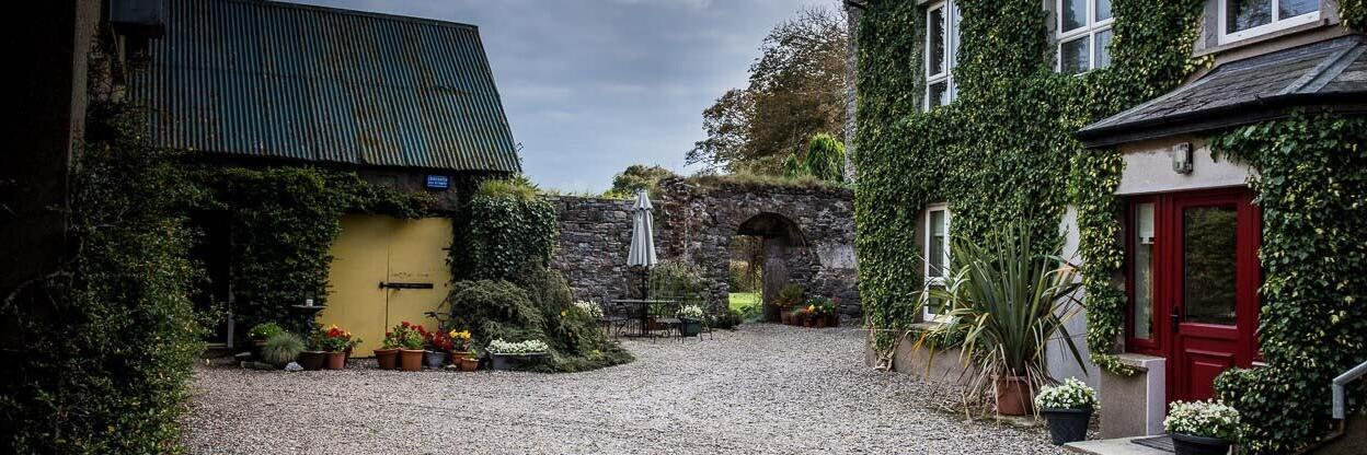 Killiane Castle Self-Catering Courtyard Apartments